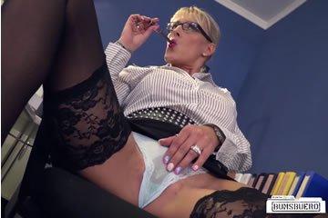 Lana Vegas - szexkaland az irodában