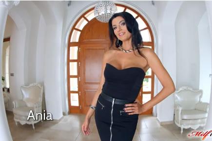 MILF szex videok - MT - Ania Kinski
